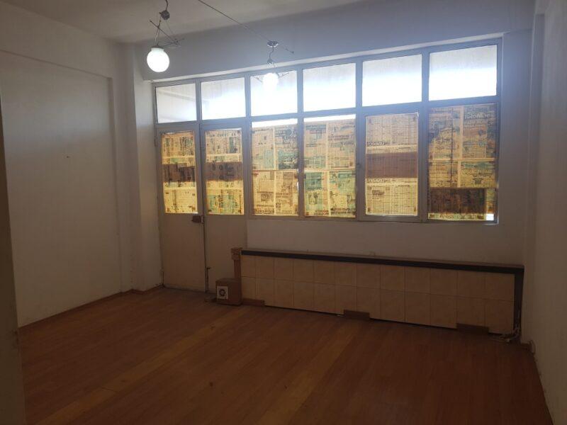 İkitelli Organizede Site içinde 2.nci Katta 55 m2 Kiralık Ofis