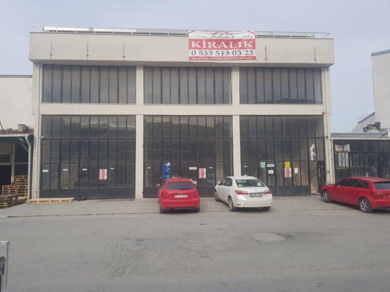 990m2 Sefaköy Sanayi Sitesinde Kiralık İşyeri